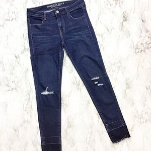 American Eagle Distressed Released Raw Hem Skinny